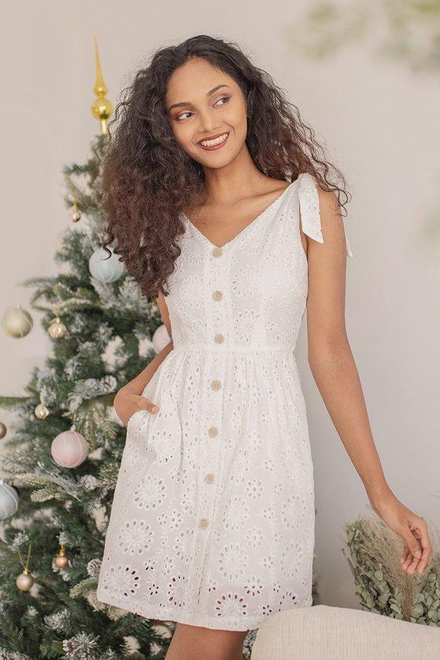 AMARYLLISE REMOVABLE RIBBON EYELET DRESS #MADEBYLOVET (WHITE)