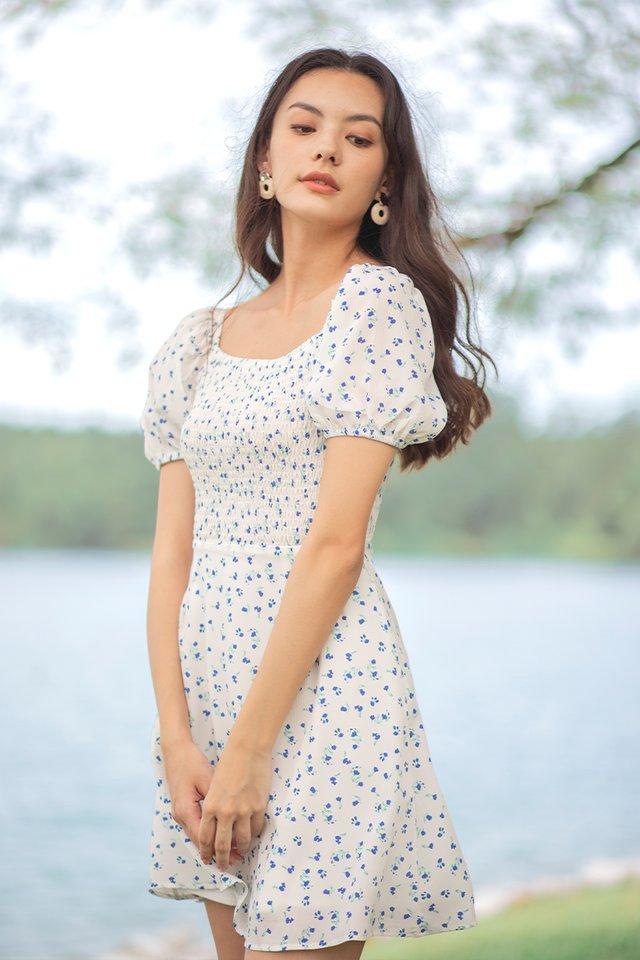 SHYANNE FLORAL SMOCKED DRESS #MADEBYLOVET (WHITE)