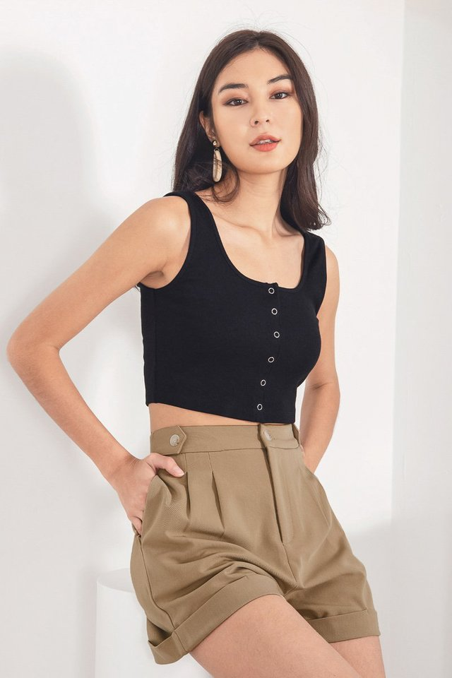 AEMI SNAP BUTTON RIBBED TOP #MADEBYLOVET (BLACK)