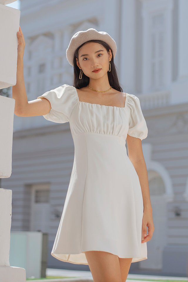 ASTREA 2-WAY RUCHED DRESS #MADEBYLOVET (WHITE)