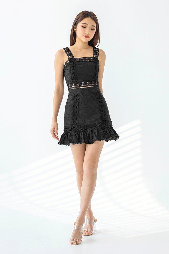 Stella Eyelet Skirt #MongXLovet (Black)